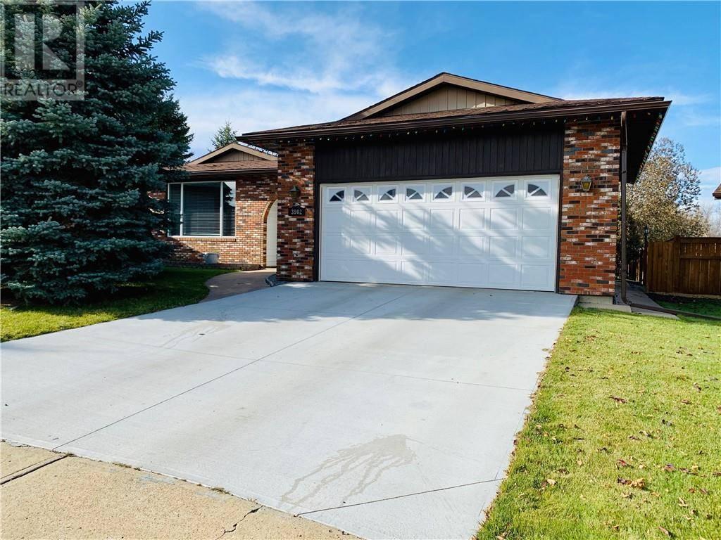 House for sale at 59 Street Cs Unit 3902 Camrose Alberta - MLS: ca0181334