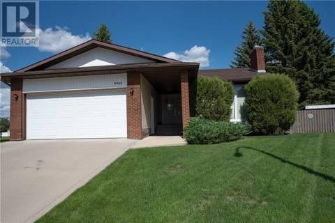 House for sale at 3905 57 St Camrose Alberta - MLS: ca0169570