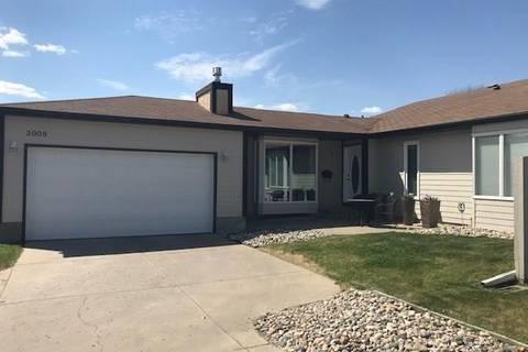 Townhouse for sale at 3908 Chelsey Dr Regina Saskatchewan - MLS: SK772213