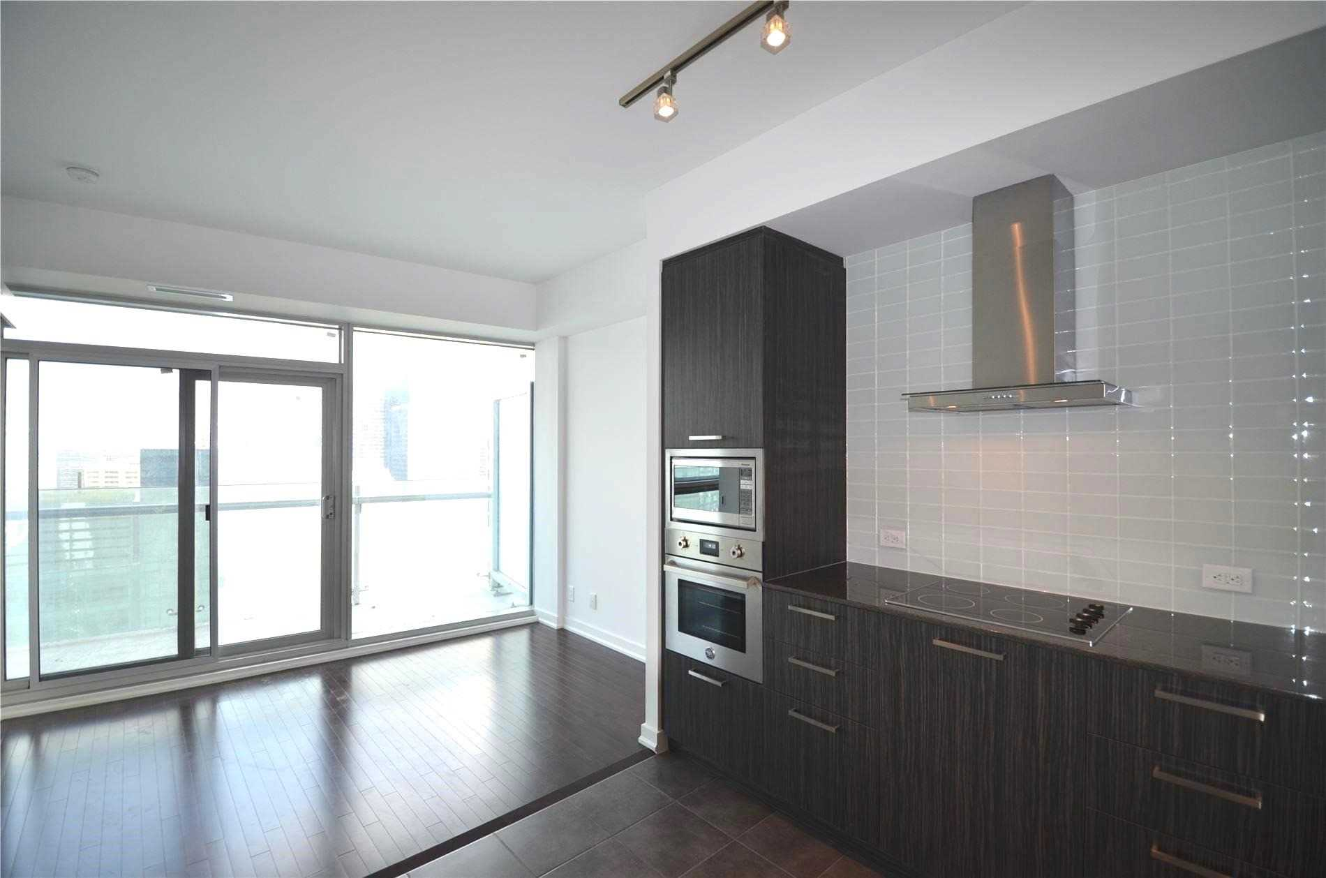 For Rent: 3909 - 14 York Street, Toronto, ON | 1 Bed, 1 Bath Condo for $2400.00. See 9 photos!