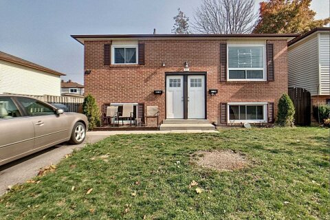 Townhouse for sale at 391 Farewell St Oshawa Ontario - MLS: E4952187