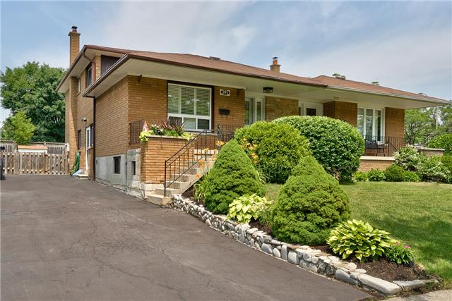 For Sale: 391 Lara Woods , Mississauga, ON | 4 Bed, 3 Bath Townhouse for $749,000. See 20 photos!
