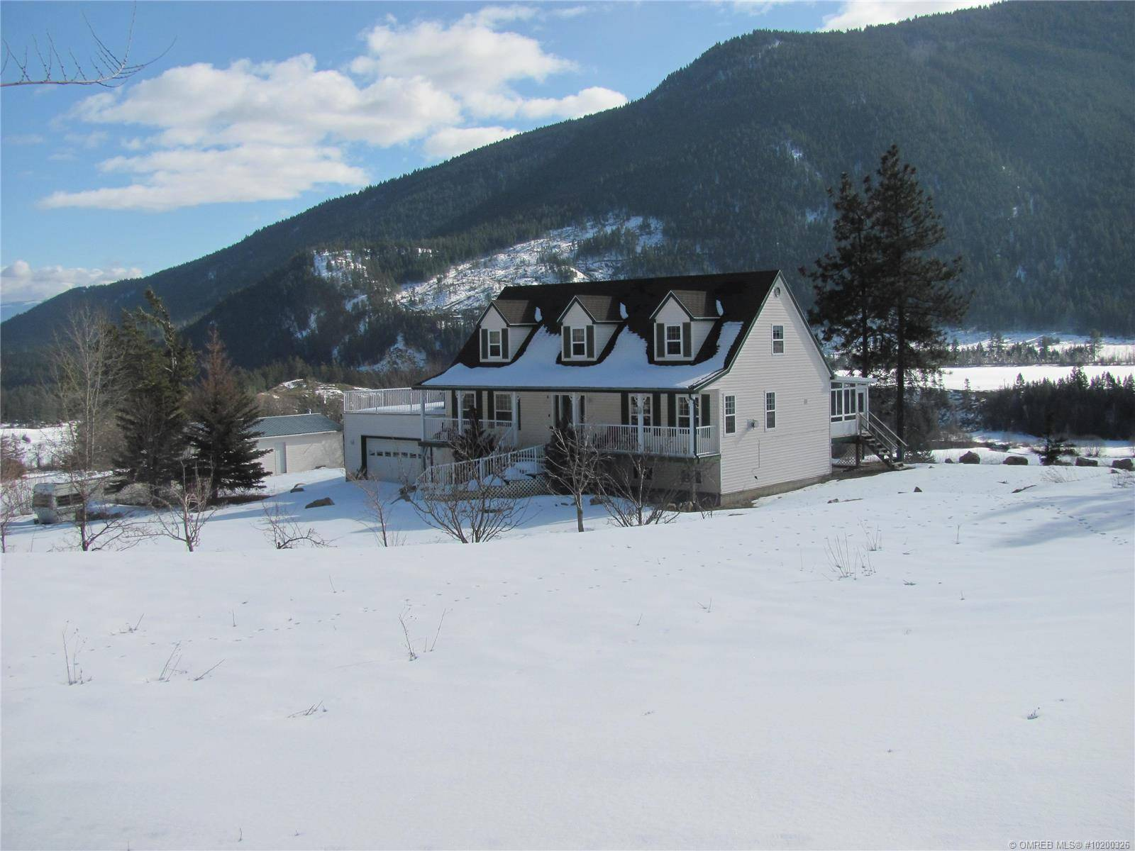 House for sale at 3914 Kneller Rd Falkland British Columbia - MLS: 10200326