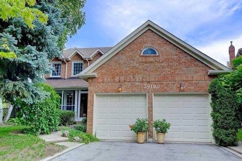 House for sale at 3919 Glamis Ct Mississauga Ontario - MLS: W4579760