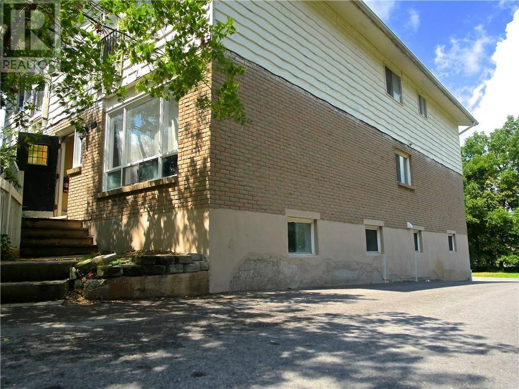 Townhouse for sale at 392 Erb St West Waterloo Ontario - MLS: 30778529