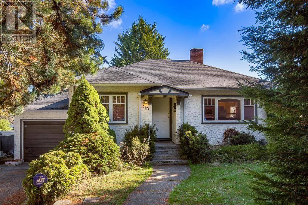 House for sale at 3921 Quadra St Victoria British Columbia - MLS: 420353