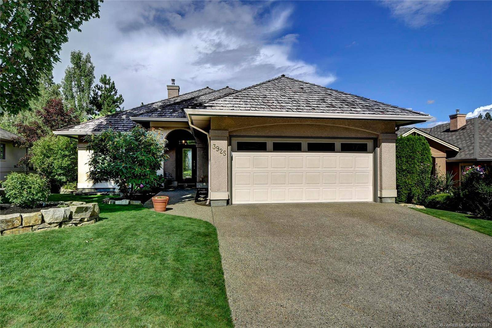 House for sale at 3925 Gallaghers Circ Kelowna British Columbia - MLS: 10197837