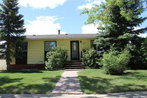 House for sale at 393 3rd St E Shaunavon Saskatchewan - MLS: SK812802