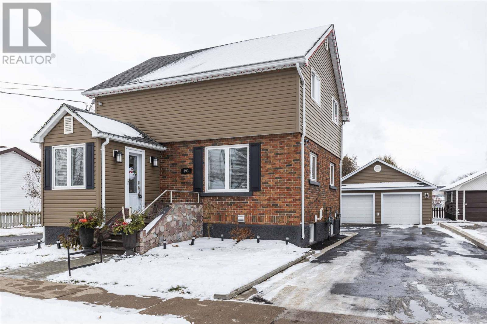House for sale at 393 Devon Rd Sault Ste. Marie Ontario - MLS: SM127544