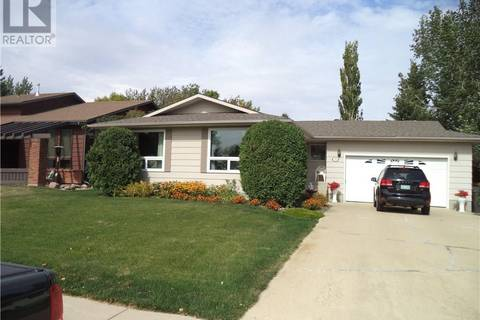 House for sale at 393 Powell Cres Swift Current Saskatchewan - MLS: SK786720