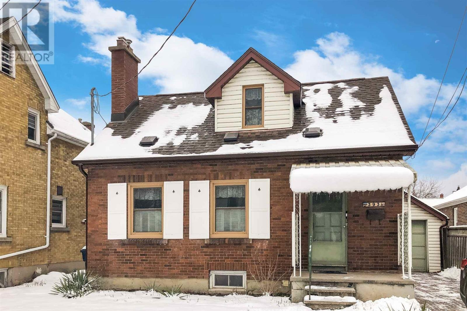 House for sale at 393 Union St W Kingston Ontario - MLS: K21000140