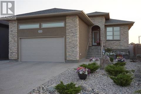 House for sale at 3938 Sandhill Cres Regina Saskatchewan - MLS: SK792844