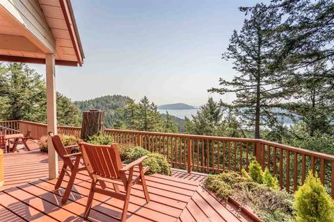 House for sale at 394 Deacon Hill Rd Mayne Island British Columbia - MLS: R2434004