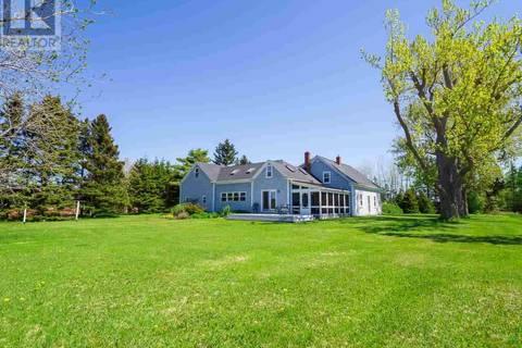 House for sale at 394 Macauley's Wharf Rd Mount Buchanan Prince Edward Island - MLS: 201911528