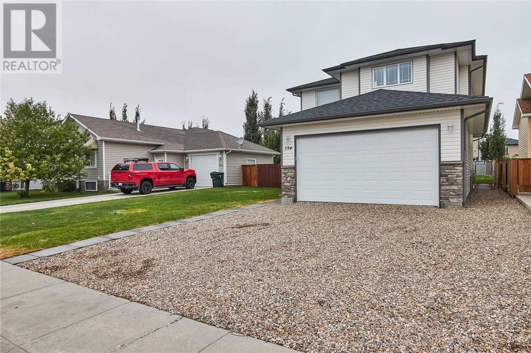 House for sale at 394 Vista Dr Se Medicine Hat Alberta - MLS: mh0175275