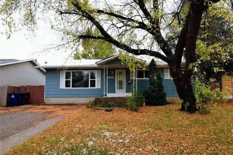 House for sale at 3942 Parkdale Rd Saskatoon Saskatchewan - MLS: SK797955