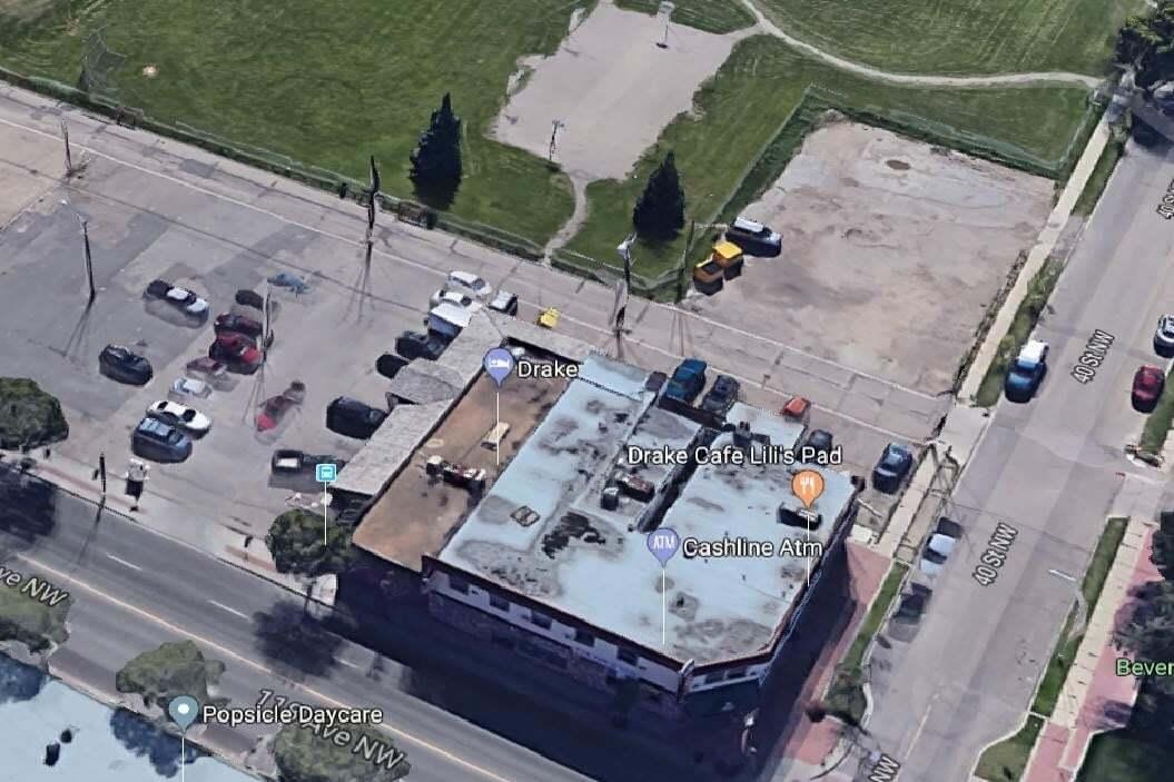 Home for sale at 3945 118 Av NW Edmonton Alberta - MLS: E4198635