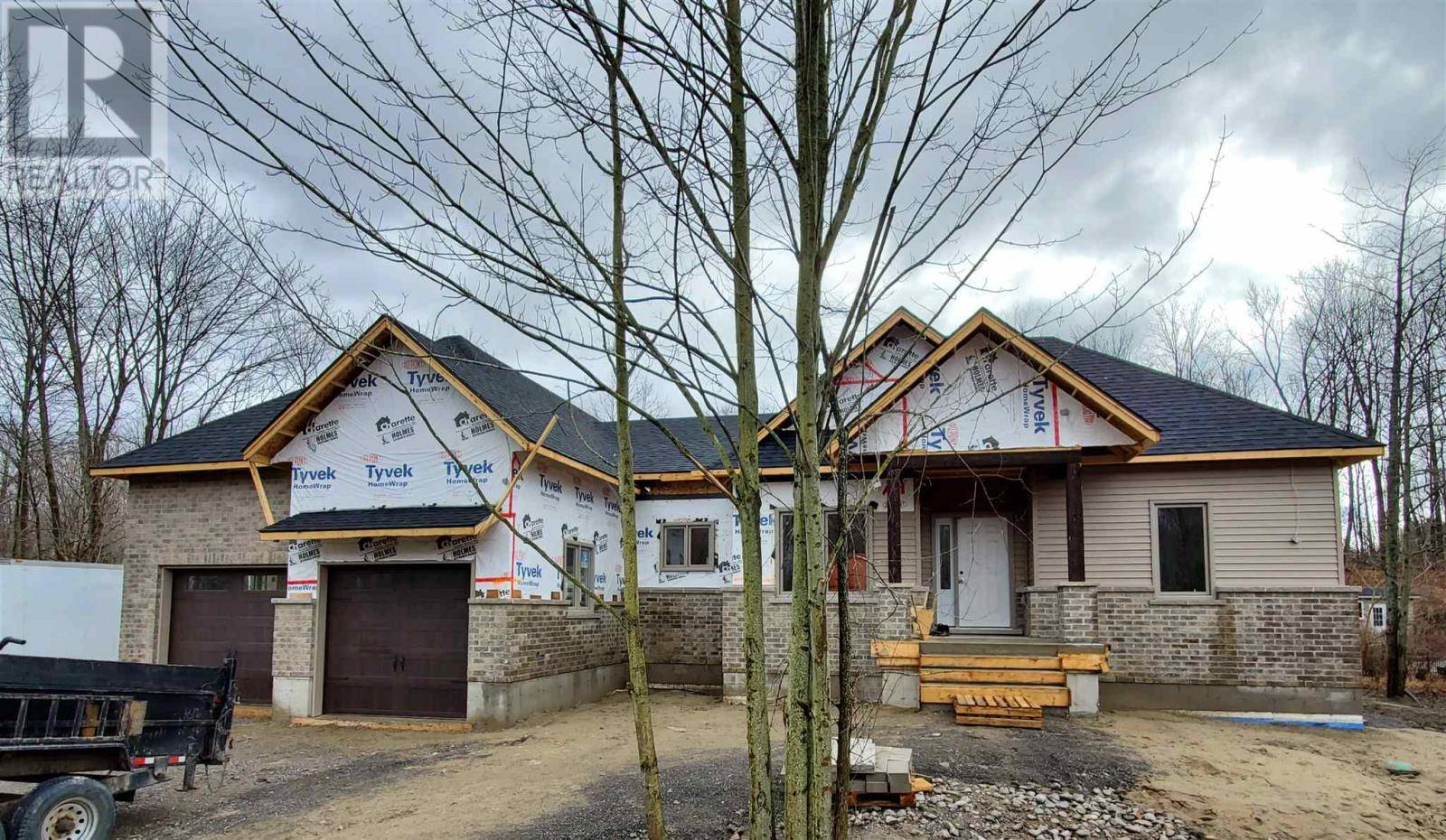 3946 Stone Point Drive, South Frontenac   Image 2