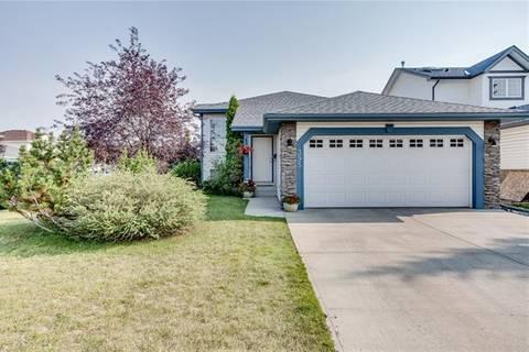 House for sale at 395 Hidden Ranch Pl Northwest Calgary Alberta - MLS: C4237768