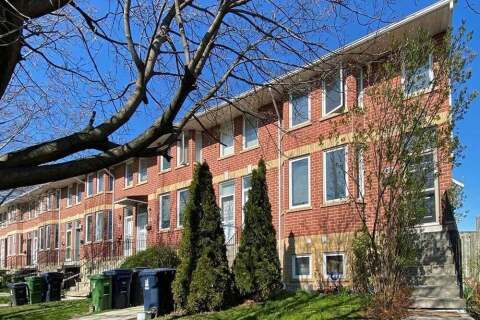 Townhouse for sale at 395 Perth Ave Toronto Ontario - MLS: W4796246