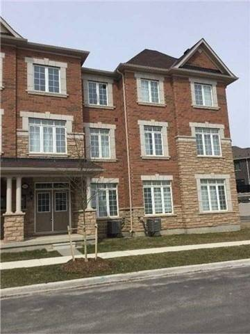 Townhouse for rent at 395 Switchgrass St Oakville Ontario - MLS: W4694765