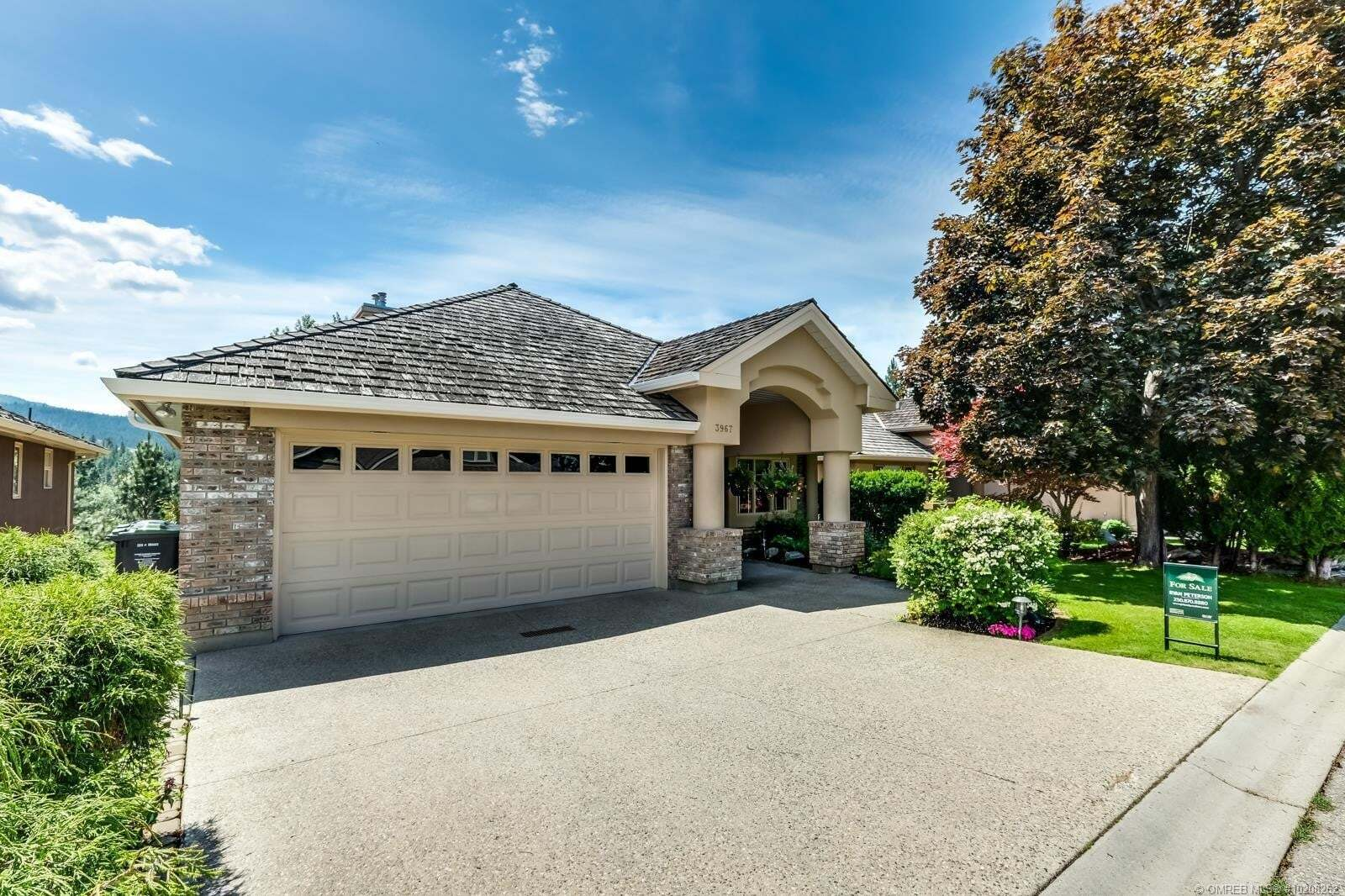 House for sale at 3967 Gallaghers Circ Kelowna British Columbia - MLS: 10208262