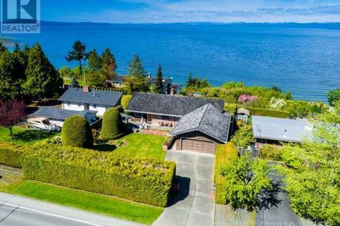 House for sale at 397 Crescent Rd Qualicum Beach British Columbia - MLS: 454294