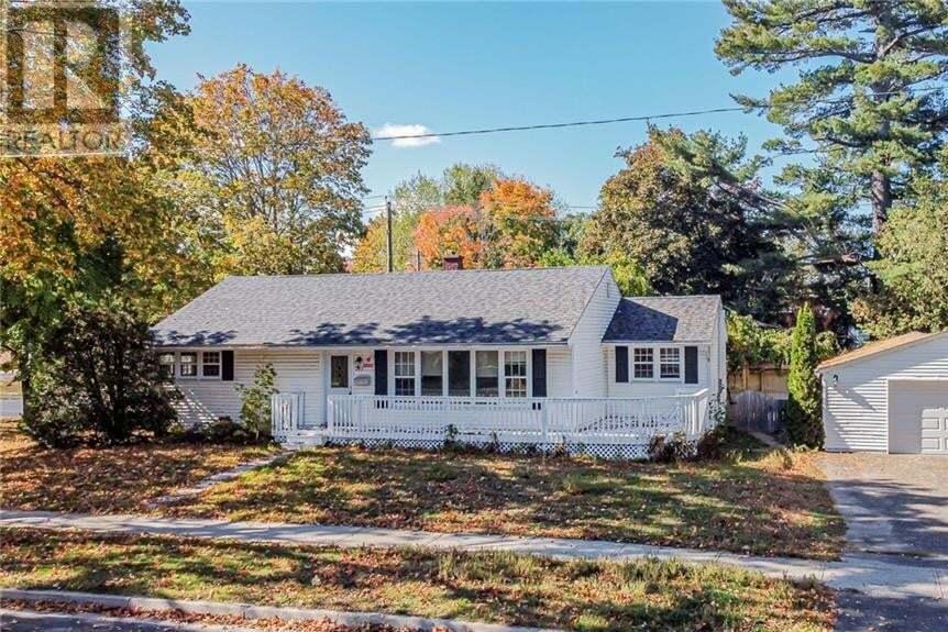 House for sale at 397 Parkhurst Dr Fredericton New Brunswick - MLS: NB047291