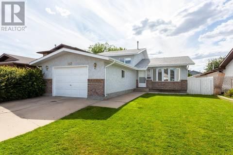House for sale at 397 Sprague Wy Se Medicine Hat Alberta - MLS: mh0172317