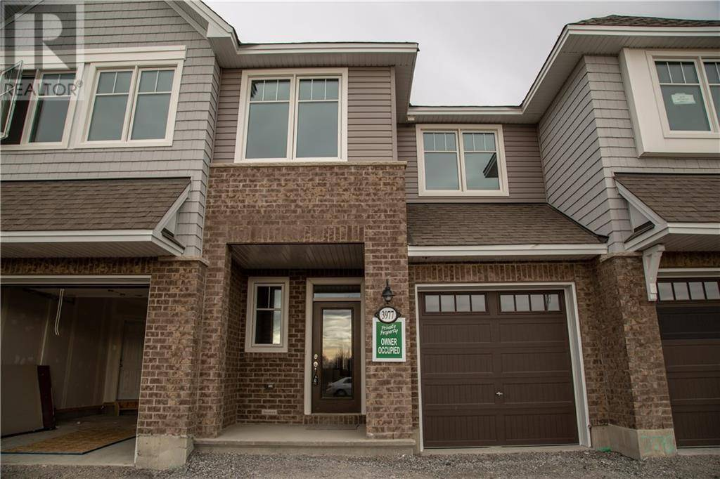 Townhouse for rent at 3977 Kelly Farm Dr Ottawa Ontario - MLS: 1188033