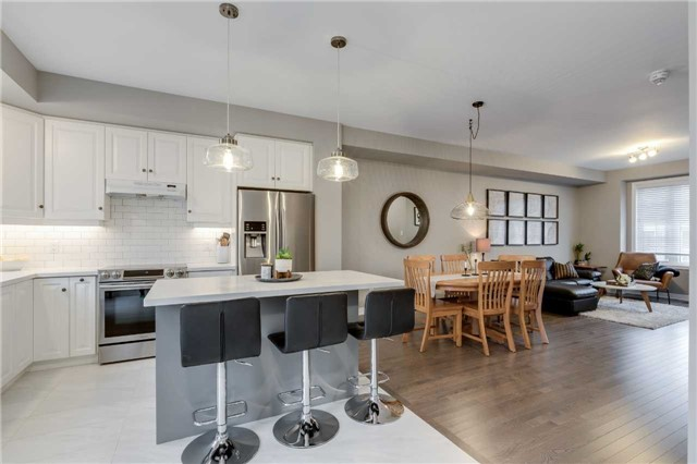 House for sale at 398 Belcourt Common Street Oakville Ontario - MLS: W4296399