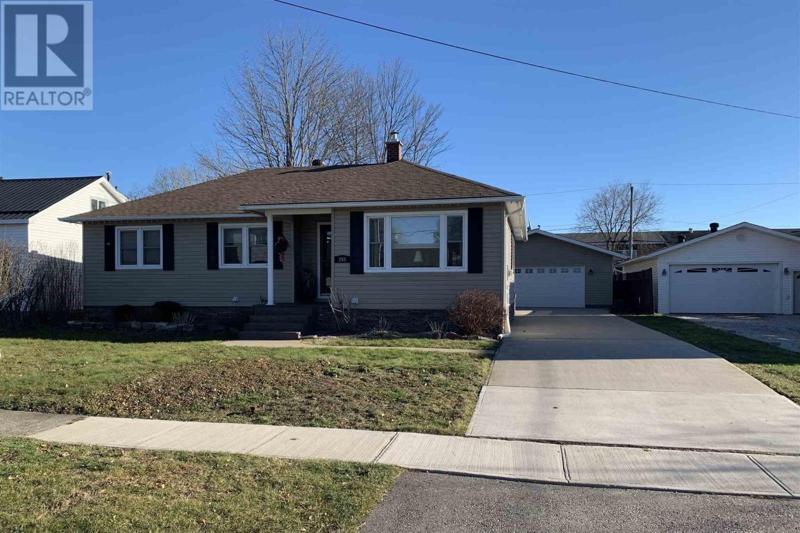 House for sale at 398 Elizabeth St Sault Ste. Marie Ontario - MLS: SM130386
