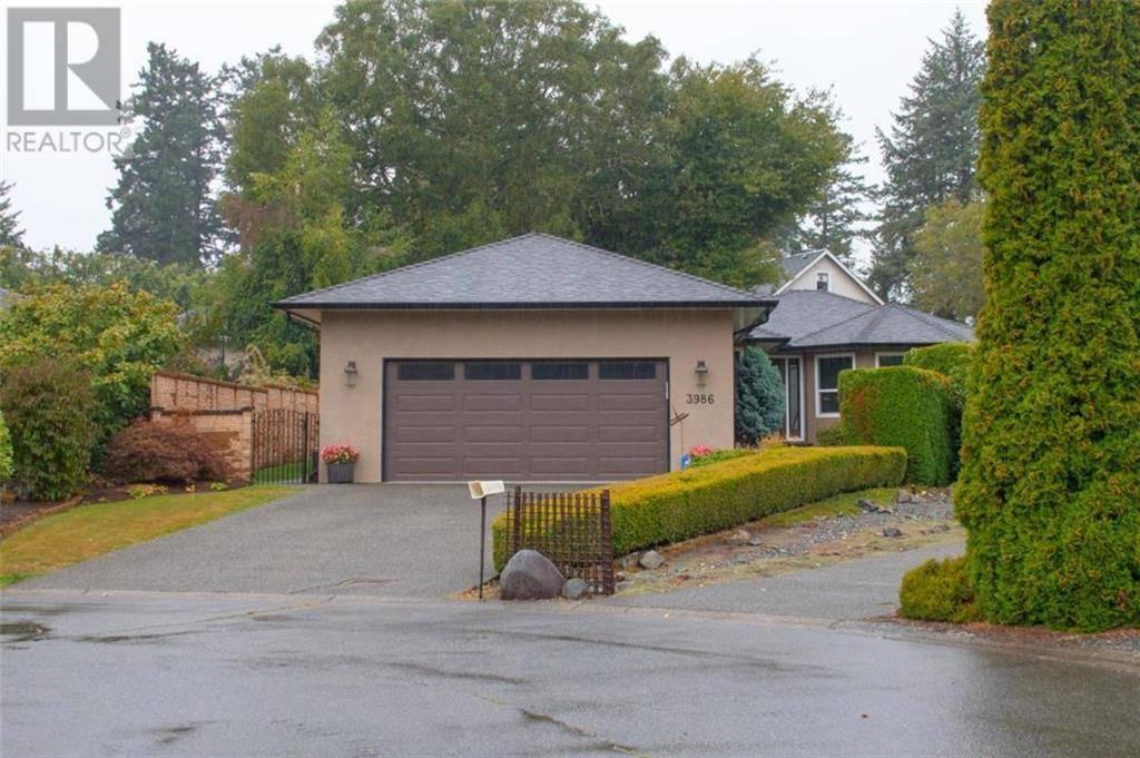 House for sale at 3986 Blue Ridge Pl Victoria British Columbia - MLS: 415798