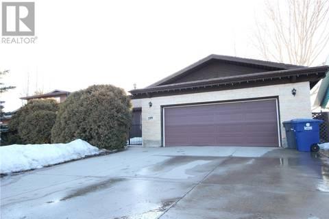 House for sale at 399 Costigan Cres Saskatoon Saskatchewan - MLS: SK763017
