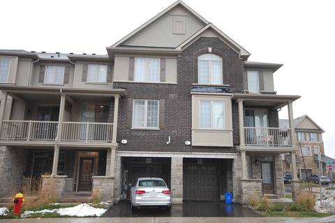 Townhouse for rent at 399 Cranbrook Common Pt Oakville Ontario - MLS: W4652197