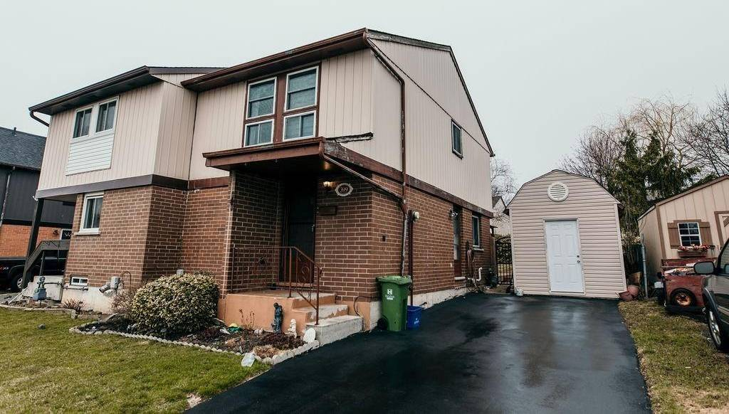 House for sale at 399 22nd St East Hamilton Ontario - MLS: H4076180