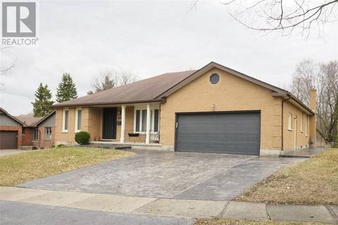 House for sale at 399 Winchester Dr Waterloo Ontario - MLS: 30727163