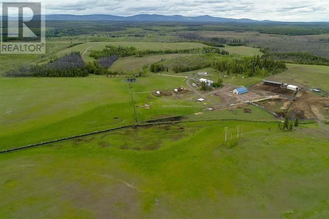 Residential property for sale at 39980 Blackwater Rd Vanderhoof British Columbia - MLS: R2451885