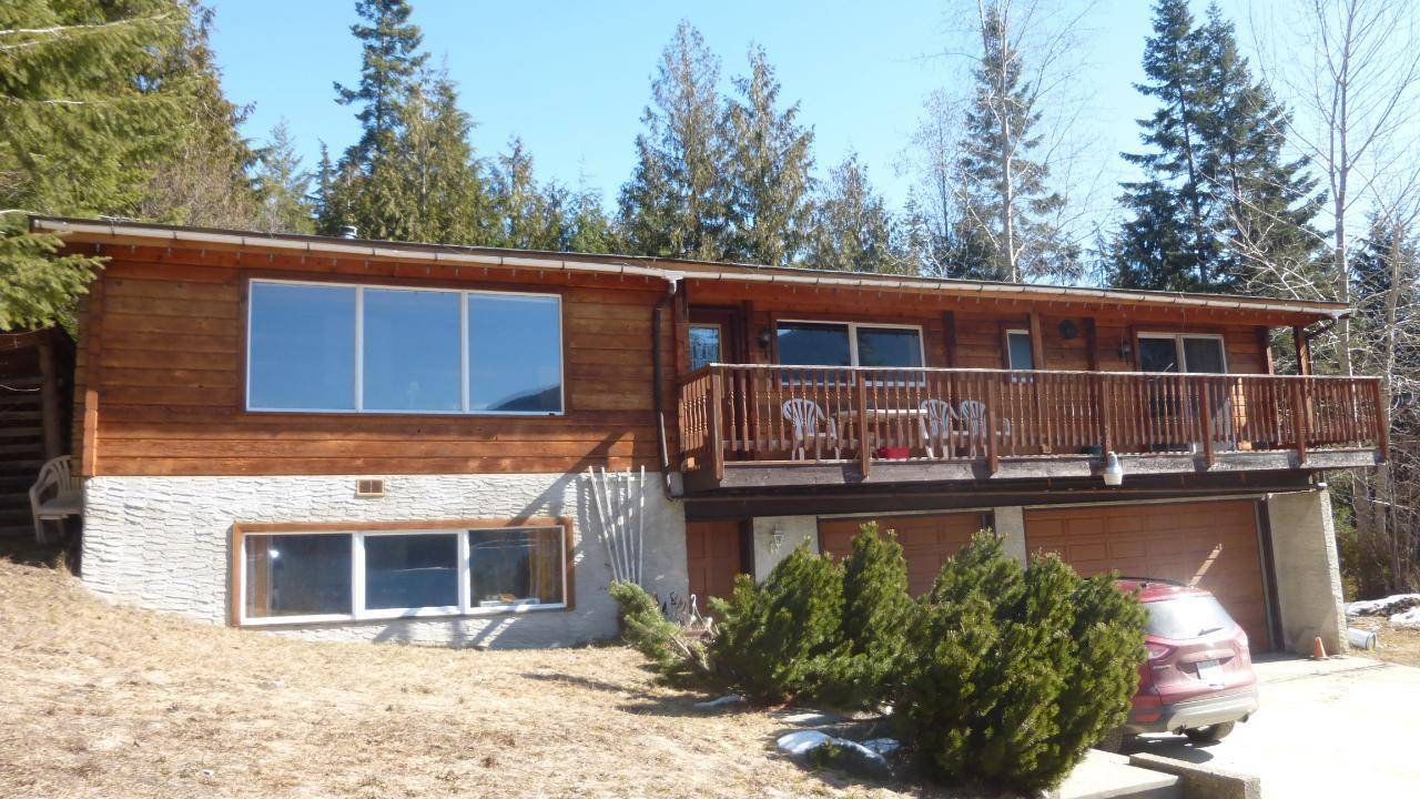 House for sale at 5555 Highway 3a Hy Unit 3a Kokanee Creek To Balfour British Columbia - MLS: 2442300