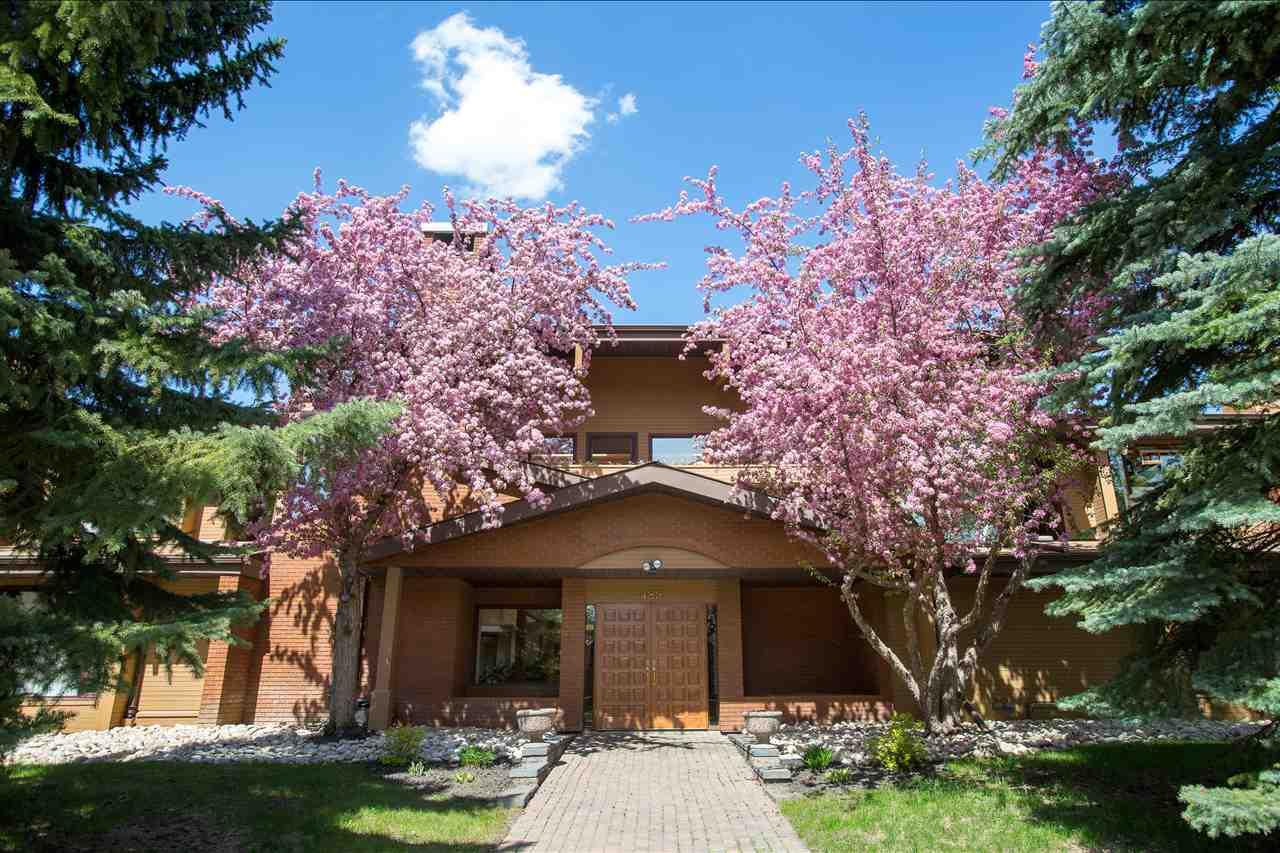 For Sale: 14816 45 Avenue, Edmonton, AB   2 Bed, 2 Bath House for $399,900. See 29 photos!
