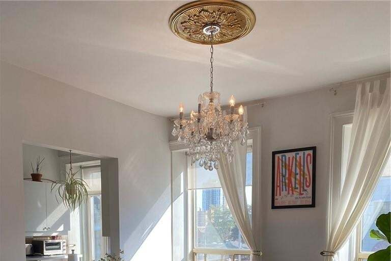 Apartment for rent at 156 James St S Unit 4 Hamilton Ontario - MLS: H4090666