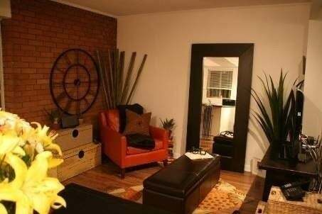 Townhouse for rent at 192 Kenilworth Ave Unit 4 Toronto Ontario - MLS: E4864578