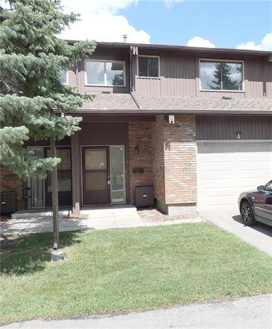 Townhouse for sale at 2323 Oakmoor Dr Southwest Unit 4 Calgary Alberta - MLS: C4263229