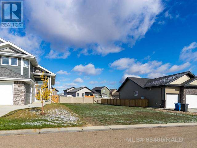 Home for sale at 2715 73rd Ave Unit 4 Lloydminster West Alberta - MLS: 65400
