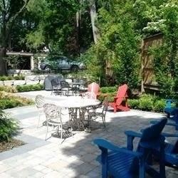 Apartment for rent at 2812 Bloor St Unit 4 Toronto Ontario - MLS: W4394005