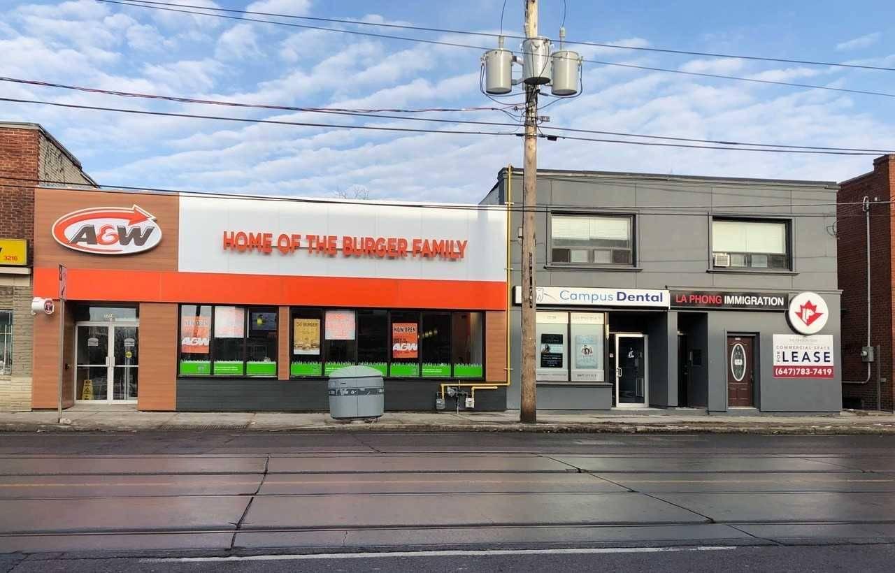 Home for rent at 3210 Lakeshore Blvd Unit 4 Toronto Ontario - MLS: W4737996