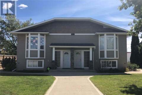 Townhouse for sale at 331 23rd St Unit 4 Battleford Saskatchewan - MLS: SK809941