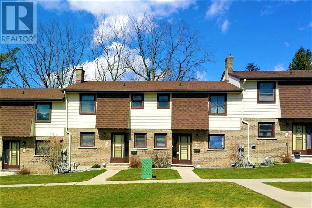 Townhouse for sale at 335 Albert St Unit 4 Woodstock Ontario - MLS: 30800222