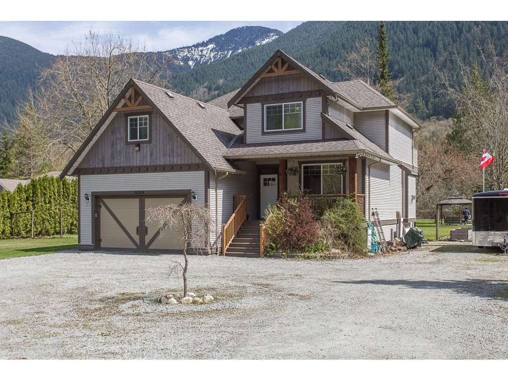 Buliding: 36264 Hartley Road, Mission, BC