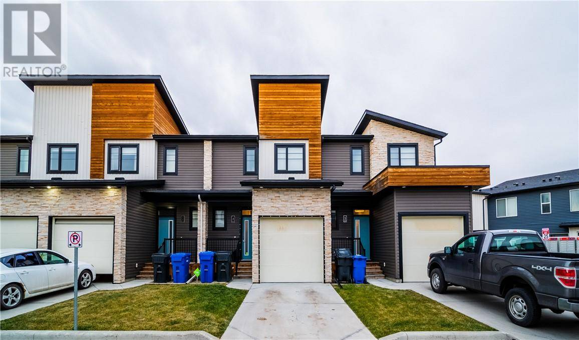 Townhouse for sale at 442 Highlands Blvd W Unit 4 Lethbridge Alberta - MLS: ld0183910